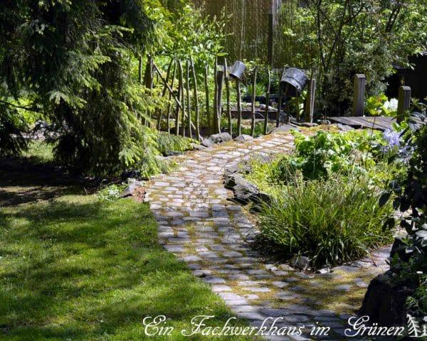 Gartenwege interessant gestallten