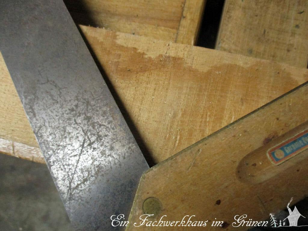 Mit diesem rechten Winkel zeichne ich die Rauten aufs Holz.