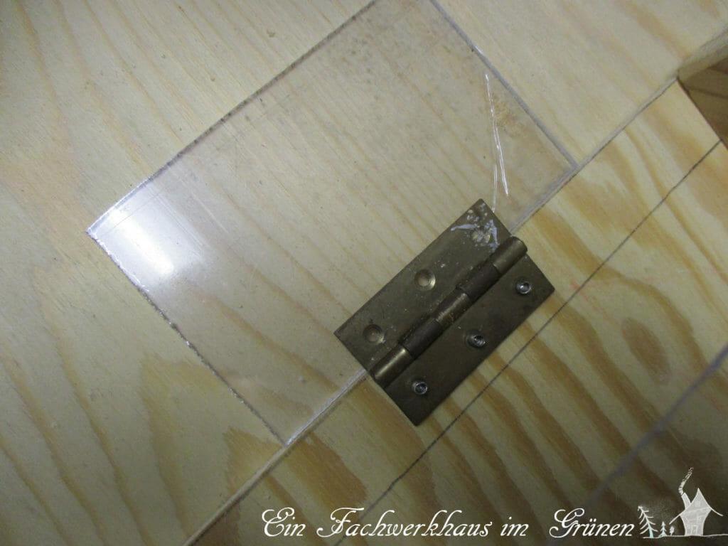 Mit Hilfe des Schaniers kann eine Dachhälfte geöffnet werden.