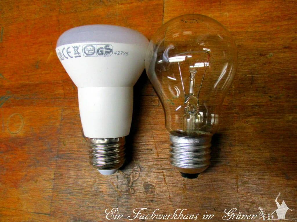 Eine LED Lampe im Vergleich zur Glühbirne.