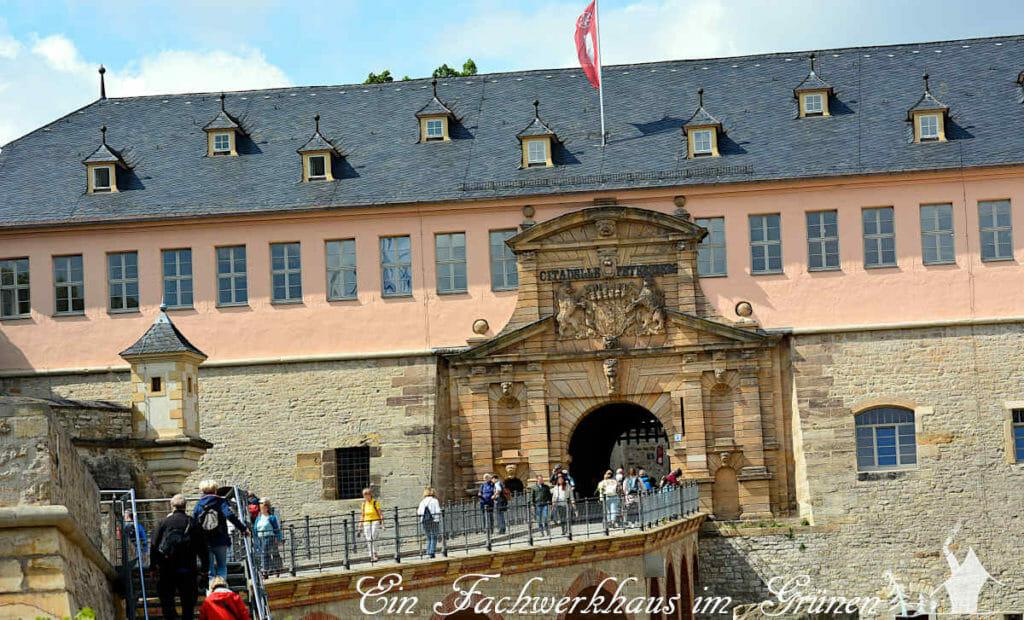 Der Eingang zur BUGA, eine barocke Zitadelle.